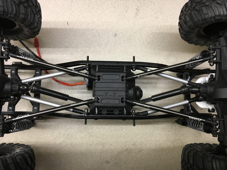 Baubericht - Axial SCX10 I mit Sawback-Karo | RC-Modellbau-Portal